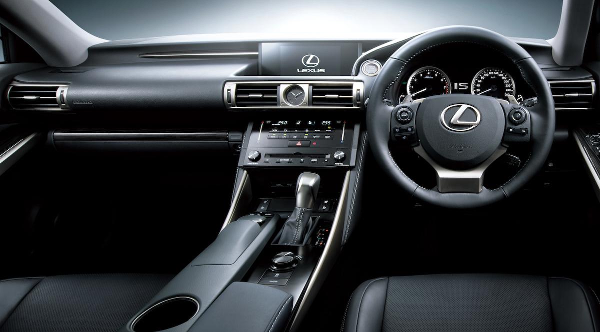 新型 レクサス IS インテリア(操作系&シート) レクサス ISのインテリア(ドライバーシート) – レクサスISのすべて