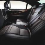 LS600hL Executive package(5人乗り仕様、ブラック&サドルタン)